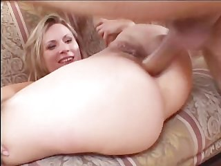 Young mommies who like to fuck 02 scene 1