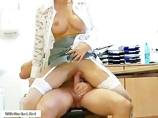 Milf wants cum in her vagina