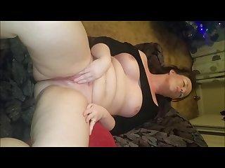 Chubby squirter masturbating