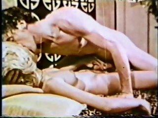 Peepshow loops 39 1970s scene 3