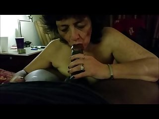 Experienced granny giving pleasure to a bbc