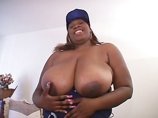 BIG TIT MAMAS HOUSE 3 - Scene 1