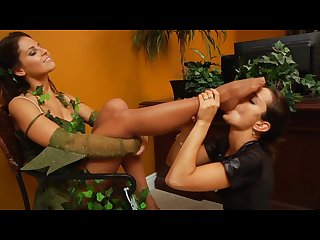 Iwf poison ivy foot worship