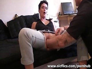 Amateur wife gets a massive pussy fisting attack