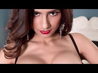 Mia khalifa big boobs