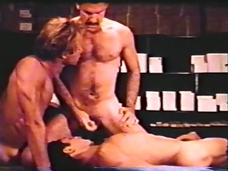 Gay peepshow loops 302 70s and 80s scene 2