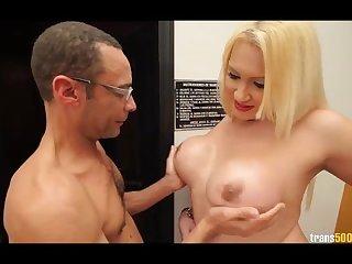 Big tit shemale jessica villarreal loves ramons huge cock