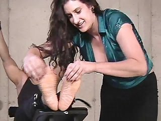 Breakinandtickle2part6ls