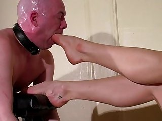 A foot cunt mercilessly foot gagged by his ruthless mistress