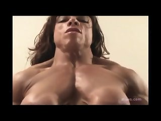 Muscle woman strapon dom