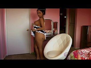 Perfect asslatina maid esm3r da b3l riding dildo