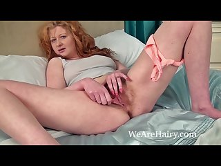 Crystal s hairy pussy gets fingered on the bed