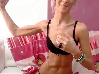Super sexy webcam girl flexing