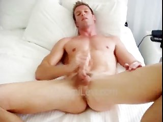Levi poulteer cums on his bed
