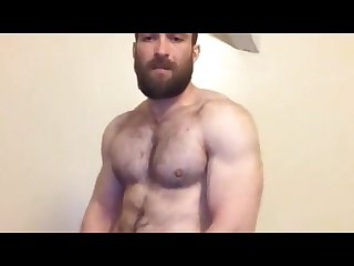 Hot bearded hunk cums