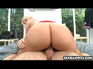 Big booty latina Julie Cash gets nice doggystyle 03