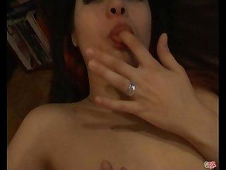Reci�n cumplidos los 18 a�itos, Silvia Rodr�guez debuta en el porno