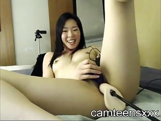 Asian Girl and her Fucking machine www camteensxxx com