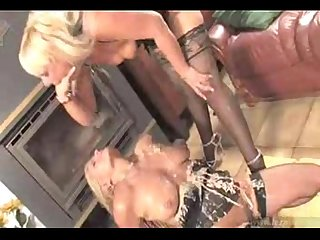 Carmen and kirsten get dirty