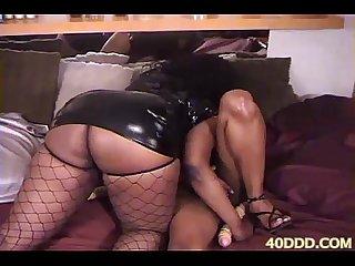 40ddd com Gina depalma bigclit bigbooty bigtit slut milf cougar interracial