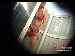 Hiden cam in beach cabin 010