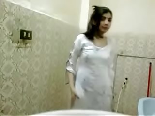 Desi college teen bathroom nude bathing mm