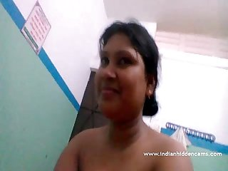 Beautiful Bangladeshi Bhabhi nagi indianhiddencams com