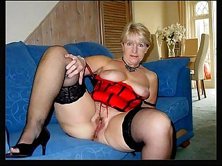 Mature women spreading 2
