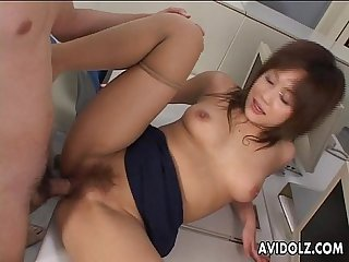 Graceful japanese hottie enjoys raunchy sex