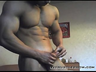 Muscle dude stroking