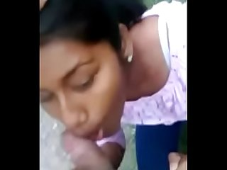 Desi girl sucking cock outdore