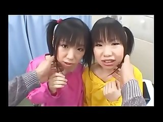 Las gemelas vuelven a culear - Video completo aqui:..