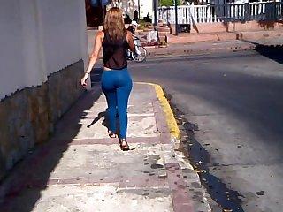 Tremenda flaca culona venezolana ver completo 3gp
