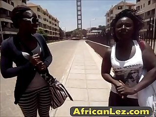 How to have fun in a shower with african lesbians edicion