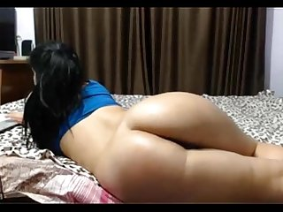 indian lover showing her big ass with boy friend