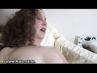 Dirty mature lady loves