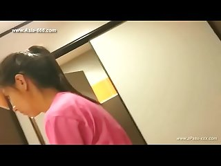 Peeping Taiwan girls go to Toilet 3