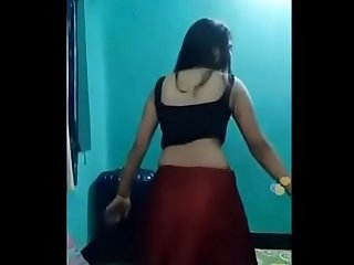 Indian Desi cute girl sexy dance