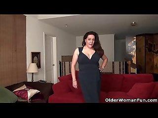 American BBW milf Nicolette's pussy is oozing juice