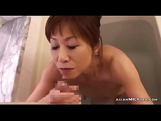 Skinny milf sucking young guy cum to mouth in the bathtube