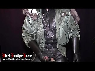 blackleatherhands avec double prinz albert
