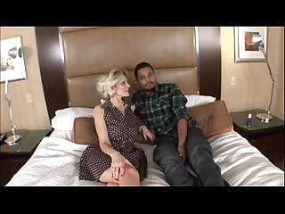 Hot blonde amateur milf bangs black guy in bbc interracial video