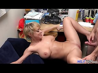 Thick and sexy blonde milf dee williams part 1