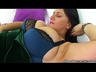 English and big titted milf sabrina needs a dildo fucking