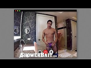 ShowerBait Intruder fucks str8 guy in the shower