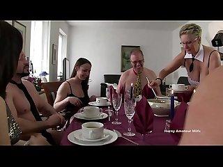 Orgia incestuosa casalinga si ubriacano e scopano tutti vero Amatoriale