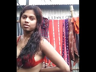 Caldo desi Ragazza in bra stripping