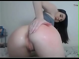 deliciosa golfa se castiga por ser una 麻辣烫 chicaperiod