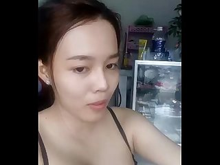 Cute Asia on cam