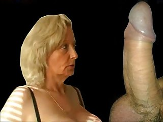 Granny from epikgranny com gives blowjob and gets fucked